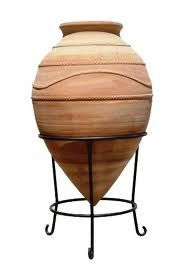 greek street terracotta pots - Google Search Olive Jar, Cob Houses, Outdoor Pots, Terracotta Pots, Backyards, Greece, Adobe, Planter Pots, Container