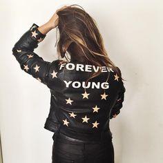 "Aida Domenech on Instagram: ""I'm fucking in love w/ my new customized jacket from @jnbyjnllovet ☝️✌️"""