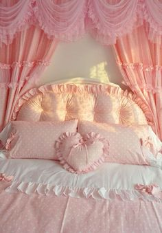 This pink polka dot shabby chic bed room set is just adorable!