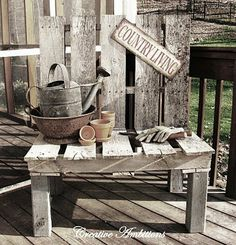 pallet chair--I LOVE LOVE LOVE this! The rustic simplicity and home-grown-garden-y-es