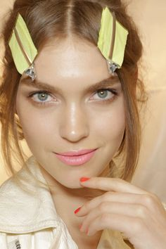 Nina Ricci Fall 2011 Makeup - Arizona Muse.