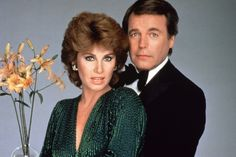 "A ""Hart to Hart"" remake is in the works at NBC with a gay couple at the center, Variety has learned. The project hails from producer Carol Mendelsohn and Sony TV, and is based on the ABC series that ran from and starred Robert Wagner and Stefanie Powers. Old Tv Shows, Best Tv Shows, Favorite Tv Shows, Best Tv Couples, Famous Couples, Christopher Eccleston, Photo Vintage, Vintage Tv, Stephanie Powers"