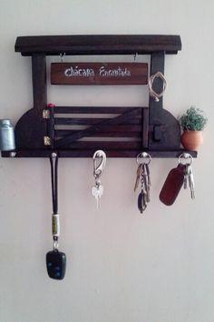 Porta chave de porteira enfeitada por mim