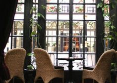 Hotel Costes: one of the trendiest restaurant to have diner... it's been hype for so many years... if you have one trendy place to chose it's the one!