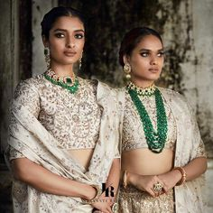 Then you are going to love the latest Jayanti Reddy Summer Lehengas. Beautiful scallop dupatta, fit & flare lehenga skirt + more. Banarasi Lehenga, Green Lehenga, Lehenga Skirt, Lehenga Blouse, Anarkali, Lehenga Collection, Bridal Collection, Jayanti Reddy, Indian Bridal Photos