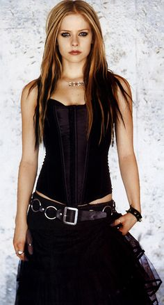 Avril Lavigne goth gorgeous! <3