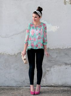 Blouse, statement necklace, clutch, skinnies + heels