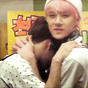 Sehunnie and Kyungsooyahh~~ my wittle melting heart..