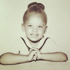 Vanessa Williams Miss America 1984 Actress Singer African American Beauty Queen 👸🏽 Celebrity Baby Pictures, Celebrity Babies, Celebrity Children, Celebrities Then And Now, Young Celebrities, Celebs, Vanessa Williams, Childhood Photos, Star Children