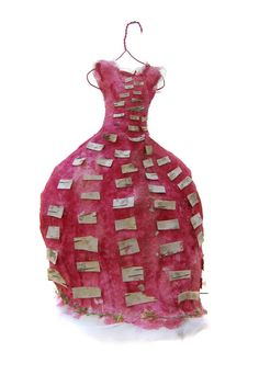 Wilde Kleider - Wild Dresses #134 of 260 by Beatrice Oettinger - Every dress is made of flowers, seeds and herbs that can be replanted into the earth.