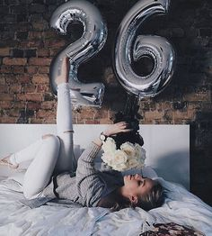 Birthday photoshoot posts 26 ideas for 2019 Birthday Goals, 23rd Birthday, Birthday Ideas, Birthday Girl Pictures, Birthday Morning, Balloon Pictures, Birthday Photography, Tumblr Photography, Birthday Balloons
