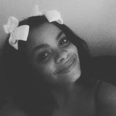 I look like Im 12 #bows #imagrownwoman tho...