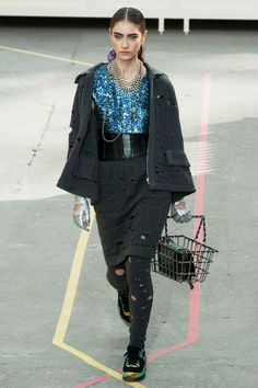 chunkeynecklace.com | Chanel's SuperMarket Themed Runway, Kendall Jenner, Rihanna