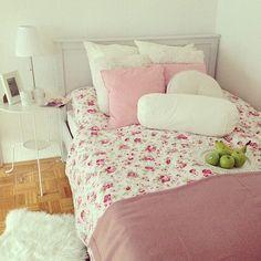 rosy bedroom ♡ Dream Rooms, Dream Bedroom, Home Bedroom, Bedroom Decor, Bedroom Ideas, Big Girl Bedrooms, Girls Bedroom, My Room, Girl Room