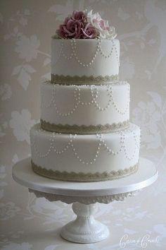 Simple Wedding Cakes on Juxtapost   Simple Elegance   Wedding Cakes