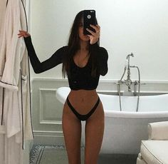 Lazy Day Outfits, Mode Outfits, Stylish Outfits, Plus Size Outfits, Aesthetic Body, Summer Aesthetic, Aesthetic Girl, Ideal Body, Perfect Body