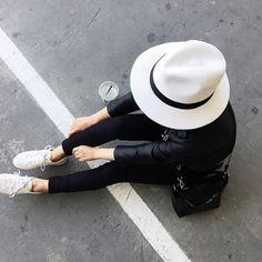 blk-yeezus:  venicenoir:  x    black ✖ stylish ✖ modern | always follow back similars