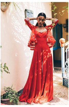 Indian Fashion Dresses, Dress Indian Style, Indian Gowns, Indian Attire, Indian Ethnic Wear, Indian Designer Suits, Indian Wedding Outfits, Indian Outfits Modern, Indian Weddings