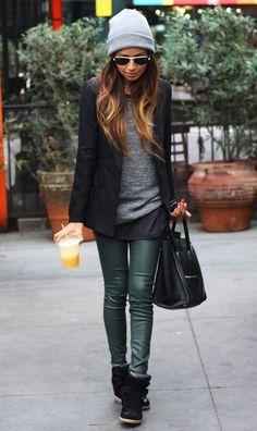 Black Oversized Shirt. Colored Leather Pants. Grey Oversized Sweater. Black Jacket. Grey Beanie. Black Shoes.