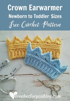 Crochet Crown Earwarmer Newborn to Toddler Sizes - free pattern I had lots of request for baby sizes of Crochet Crown Earwarmer pattern. In this post, I decided to share with you how to crochet smaller sizes of Crown Earwarmer. Crochet Toddler, Cute Crochet, Crochet For Kids, Crochet Crafts, Crochet Winter, Crochet Crown Pattern, Easy Crochet Patterns, Baby Patterns, Crochet Baby Hats Free Pattern