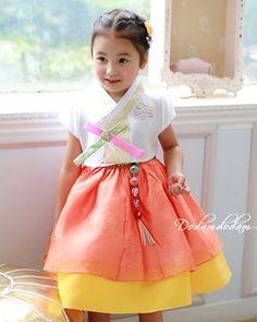 Short sleeve * Purple Hanbok W95,000 http://dodamdodam.com/goods_detail.php?goodsIdx=3715