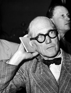 Portrait Of Architect Le Corbusier At Milano In Congress De Divina Proportion In 1953 Le Corbusier, Classic Glasses, August Sander, North And South America, Famous Architects, Built Environment, Well Dressed Men, Modernism, Bauhaus