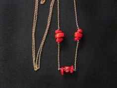 Raw red coral hematite necklace. Coral nuggets by MADAMBLUEONE, €8.00