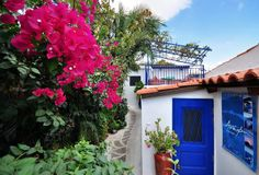 Anafiotika, the small village in Athens that they say is a Greek island without the sea. Greek Islands, Athens, Greece, Places To Visit, Cabin, Photo And Video, House Styles, Plants, Travel