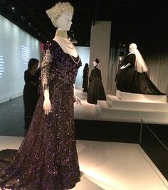 Metropolitan Museum of Art, New York - Death Becomes Her - A Century of Mourning Attire (2014/15)