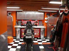 Show me the best 1 car garage? - Page 3 - The Garage Journal Board Work Shop Building, Workshop Layout, Car Garage, Journal, Board, Planks, Carriage House