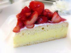 Rezepte mit Herz: Erdbeer - Pfirsisch - Torte