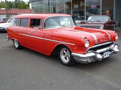 1956 Pontiac Chieftain 2D Wagon