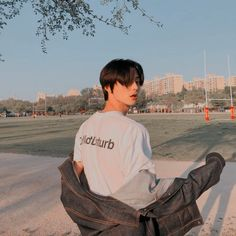 ପ ˿⁽ @ 𝓀𝓎𝑜𝓍𝓎𝑜𝓃𝑔 ✧ ˚ ༘ — hastag's ; - ପ ˿⁽ @ 𝓀𝓎𝑜𝓍𝓎𝑜𝓃𝑔 ✧ ˚ ༘ — hastag's ; Korean Girl Ulzzang, Couple Ulzzang, Ulzzang Korea, Cute Asian Guys, Asian Boys, Cute Guys, Korean Boys Hot, Korean Men, Aesthetic Boy