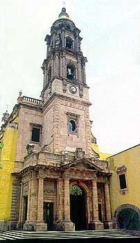 Templo del Carmen in Celaya, Guanajuato, Mexico.  http://www.tourbymexico.com/guana/celaya/celaya.htm