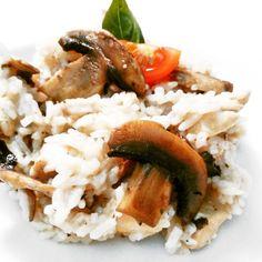 Fitness houbové rizoto s kuřecím masem - zdravý recept Bajola Cooking Recipes, Healthy Recipes, Food Inspiration, Risotto, Low Carb, Rice, Favorite Recipes, Meat, Chicken