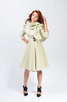 Beatrice Coat by LauraGalic on Etsy
