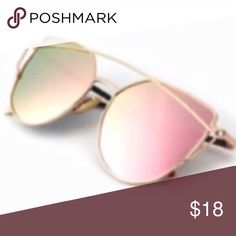 ROSE GOLD Toned Mirror SUNNIES SUNGLASSES Aviators BRAND NEW!! Rose Gold (Pink) Mirror Lenses + Chic Gold-Toned Metal Frames with Modern Cat Eye Shape!! Soo cute!!  - Polarized Lenses for full broad spectrum UVA/UVB Protection 🌟🌟Item is Brand New, direct from the Manufacturer, sealed in package!!🌟🌟 austin gal Accessories Sunglasses
