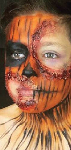 #facepainting #facepainter #westernsydneyfacepainter #westernsydneykids #westernsydneymums #westernsydneyevents #sydneyfacepainter #nikkiesfacepainting School Fundraisers, Special Effects, Fundraising, Sydney, Halloween Face Makeup, Painting, Painting Art, Paintings, Painted Canvas