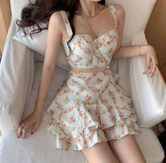 Korean Fashion Dress, Ulzzang Fashion, Kpop Fashion Outfits, Girls Fashion Clothes, Girly Outfits, Cute Casual Outfits, Cute Fashion, Pretty Outfits, Pretty Dresses
