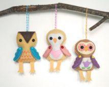 Ornamenti di gufo di feltro fatti a mano - mano cucita farcito gufi * fatta per ordine * feltro ornamenti Woodland farcito animali