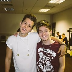 James McVey and Connor Ball Bae, Bradley Simpson, People Running, British Boys, The Vamps, Magcon, Boy Bands, Hogwarts, Singer