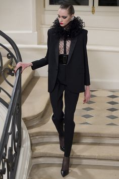 Saint Laurent Fall 2016 Ready-to-Wear Fashion Show - Lia Pavlova (NEW MADISON)