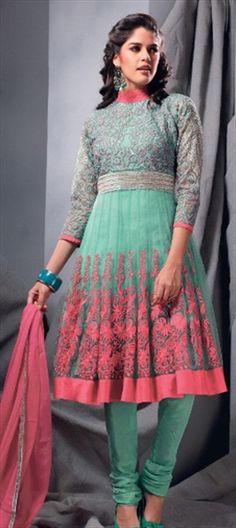 93438: #Chikankari #Embroidery #Salwarkameez #trends2013