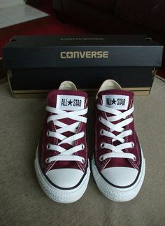 Maroon Converses. . . PERFECT color