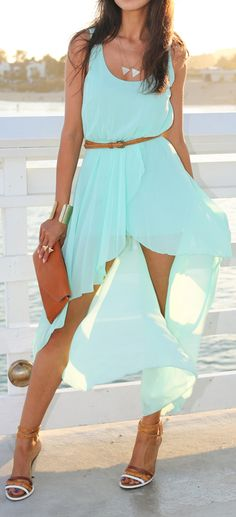 LOVE THE COLOR! The accessories are well done too.