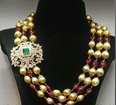 Great idea for making use of a broach! Jewellery Designs: Multi Beads Chain with Diamond Motif Antic Jewellery, India Jewelry, Bead Jewellery, Beaded Jewelry, Jewelery, Beaded Necklace, Jewellery Designs, Small Necklace, Gold Necklace