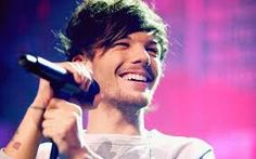 Louis tomlinson so cute