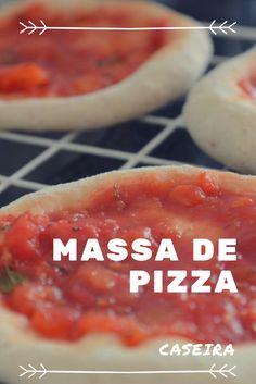 Receita de massa de pizza caseira e dicas de como abrimos e congelamos por aqui!