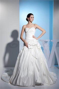 Robe de mariée la plus belle Col en cœur A-ligne en Taffetas http://fr.GracefulDress.com/Robe-de-mariée-la-plus-belle-Col-en-cœur-A-ligne-en-Taffetas-p20292.html