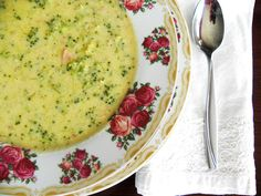 The Cozy Little Kitchen: Creamy Broccoli-Cheddar Soup
